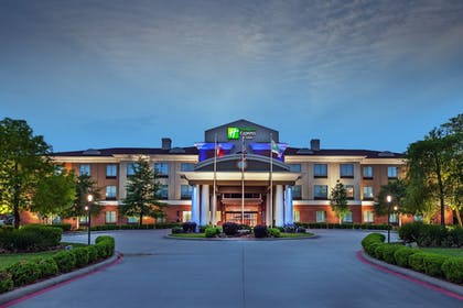 Featured Image | Holiday Inn Express Hotel & Suites Orange
