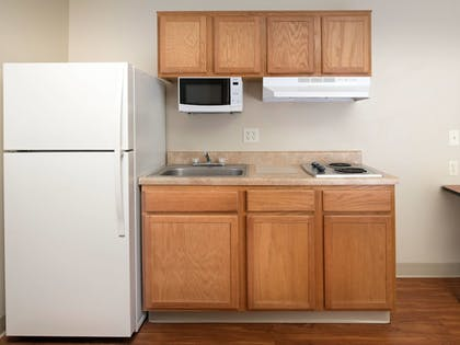 In-Room Kitchen | WoodSpring Suites Wichita Airport