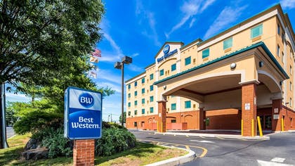 Exterior | Best Western Riverview Inn & Suites