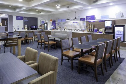 Breakfast Area | Holiday Inn Express & Suites Interstate 90