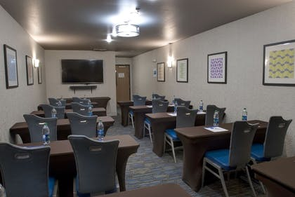 Meeting Facility | Holiday Inn Express & Suites Interstate 90