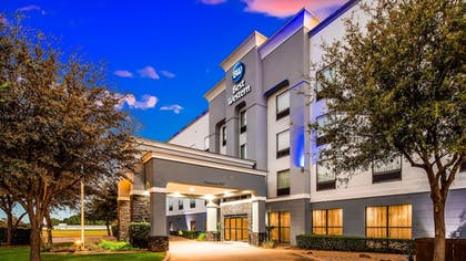 Featured Image | Best Western Red River Inn