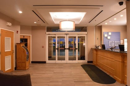 Lobby | Holiday Inn Express Hotel & Suites Watertown-Thousand Island
