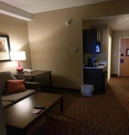 Guestroom | Holiday Inn Express Hotel & Suites Watertown-Thousand Island