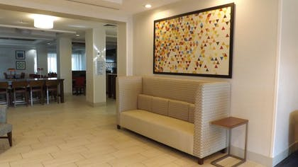 Lobby | Holiday Inn Express Hotel & Suites Dyersburg