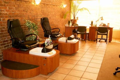 Nail Salon | The Courtland Hotel and Day Spa