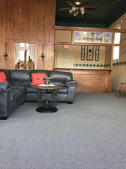 Lobby Sitting Area | The Courtland Hotel and Day Spa