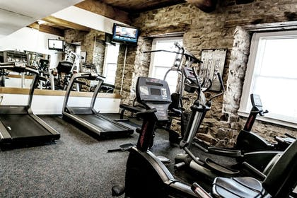 Fitness Facility | Newport Bay Club and Hotel