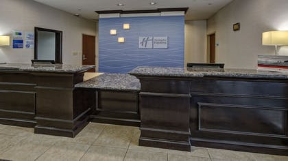 Lobby | Holiday Inn Express Hotel & Suites Cookeville
