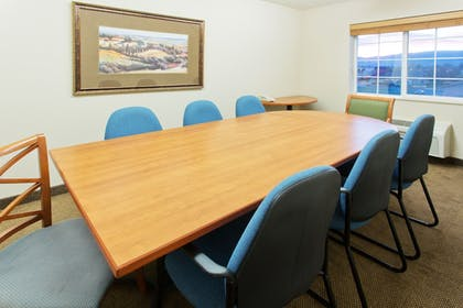 Meeting Facility | Candlewood Suites Medford