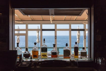 Food and Drink | Pacific Edge Hotel