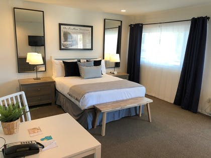 In-Room Kitchenette | Pacific Edge Hotel