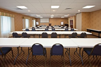 Meeting Facility | Holiday Inn Express Hotel & Suites Frankfort