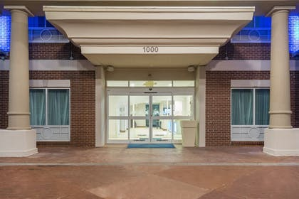 Exterior | Holiday Inn Express Hotel & Suites Frankfort