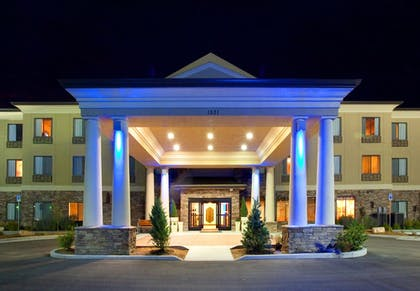 Exterior | Holiday Inn Express & Suites Tooele