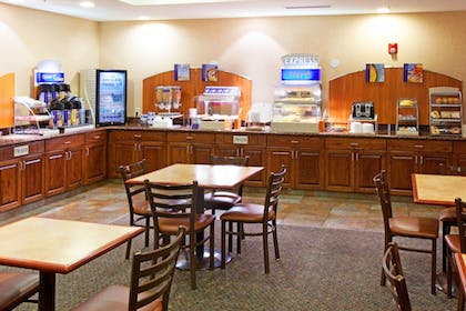 Restaurant | Holiday Inn Express & Suites Tooele