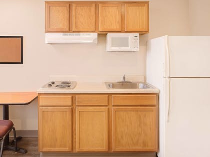 In-Room Kitchen | WoodSpring Suites Gulfport