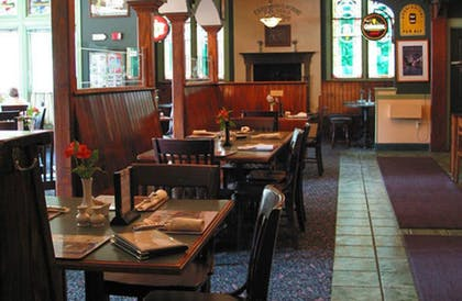 Dining | County Clare Irish Hotel & Pub
