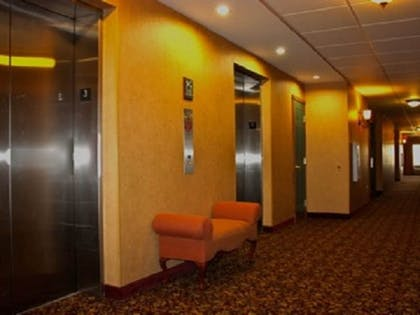Property Amenity | Town & Country Inn and Suites