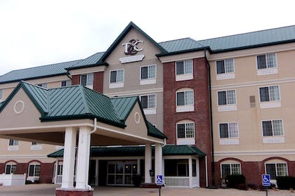 Featured Image | Town & Country Inn and Suites