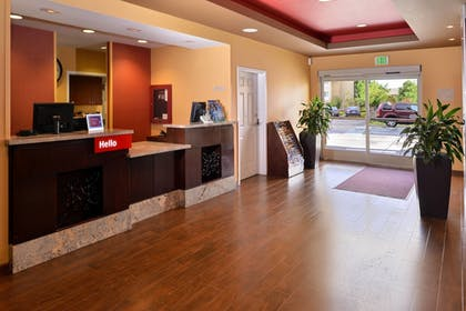 Lobby | TownePlace Suites by Marriott Sacramento Cal Expo