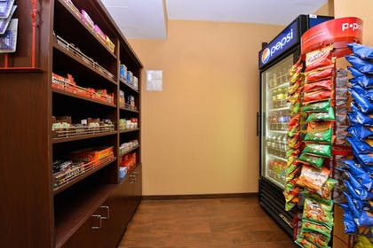 Snack Bar | TownePlace Suites by Marriott Sacramento Cal Expo