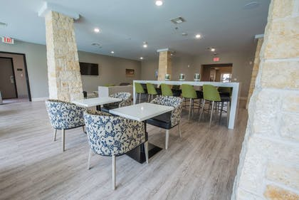 Breakfast Area | Best Western Plus Killeen/Fort Hood Hotel & Suites