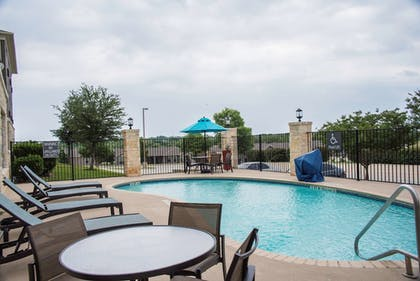 Outdoor Pool | Best Western Plus Killeen/Fort Hood Hotel & Suites