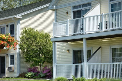 Balcony | The Country Inn at Camden Rockport