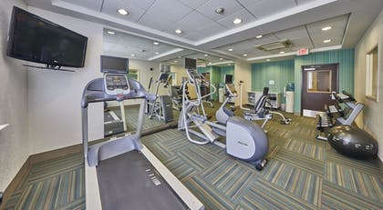Fitness Facility | Holiday Inn Express Hotel & Suites Medford-Central Point