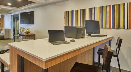 Miscellaneous | Holiday Inn Express Hotel & Suites Medford-Central Point