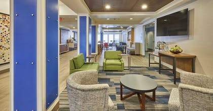 Dining | Holiday Inn Express Hotel & Suites Medford-Central Point