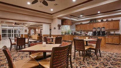 Breakfast Area | Best Western Plus Portland