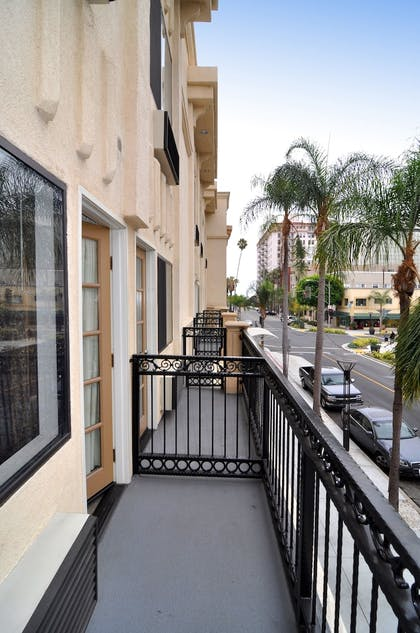 Guestroom View | Best Western Plus Hotel At The Convention Center