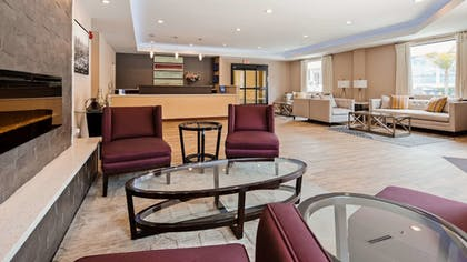 Lobby | Best Western Plus Hotel At The Convention Center