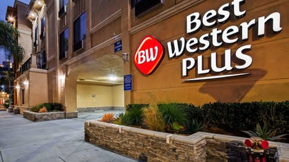 Exterior | Best Western Plus Hotel At The Convention Center