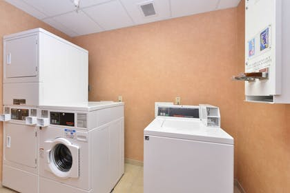 Laundry Room | Holiday Inn Express Rawlins