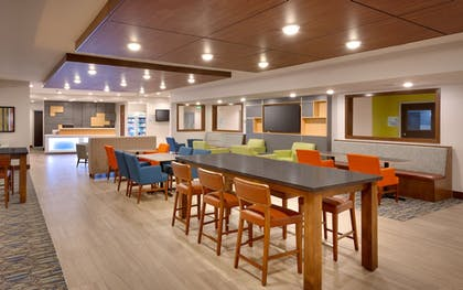 Lobby | Holiday Inn Express Hotel & Suites El Paso I-10 East