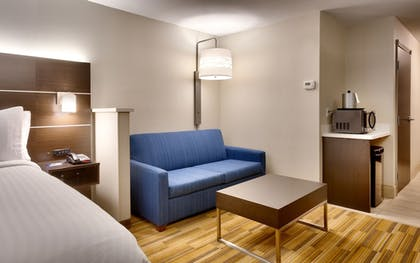 Guestroom | Holiday Inn Express Hotel & Suites El Paso I-10 East