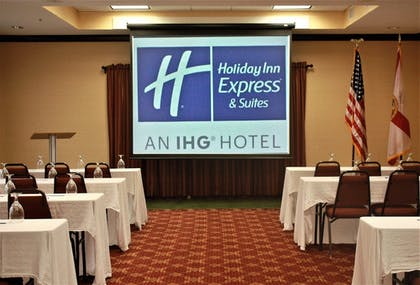 Meeting Facility | Holiday Inn Express Hotel & Suites Spring Hill