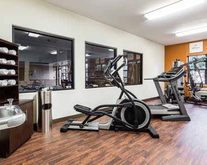 Fitness Facility | Comfort Suites near NASA - Clear Lake
