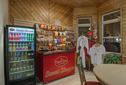 Vending Machine | Cherry Tree Inn & Suites