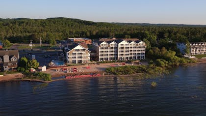 Aerial View | Cherry Tree Inn & Suites