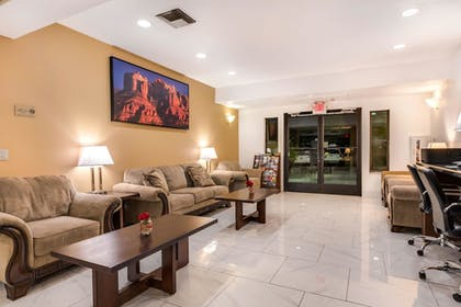 Lobby | MainStay Suites Extended Stay Hotel Casa Grande