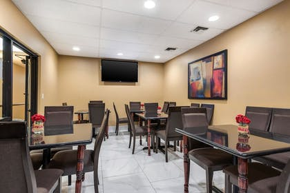 Breakfast Area | MainStay Suites Extended Stay Hotel Casa Grande