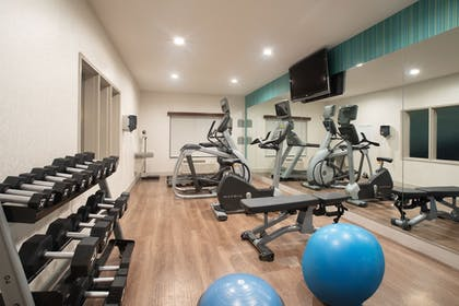 Fitness Facility | Holiday Inn Express Hotel & Suites Longmont