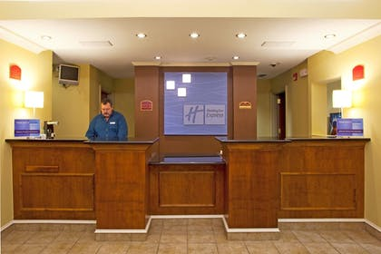 Interior | Holiday Inn Express Hotel & Suites Quincy I-10