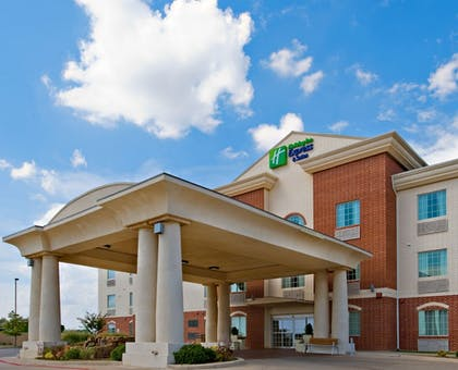 Exterior | Holiday Inn Express & Suites Levelland