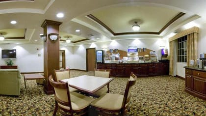 Dining | Holiday Inn Express & Suites Levelland