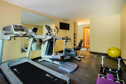 Fitness Facility | Days Inn & Suites by Wyndham Stevens Point